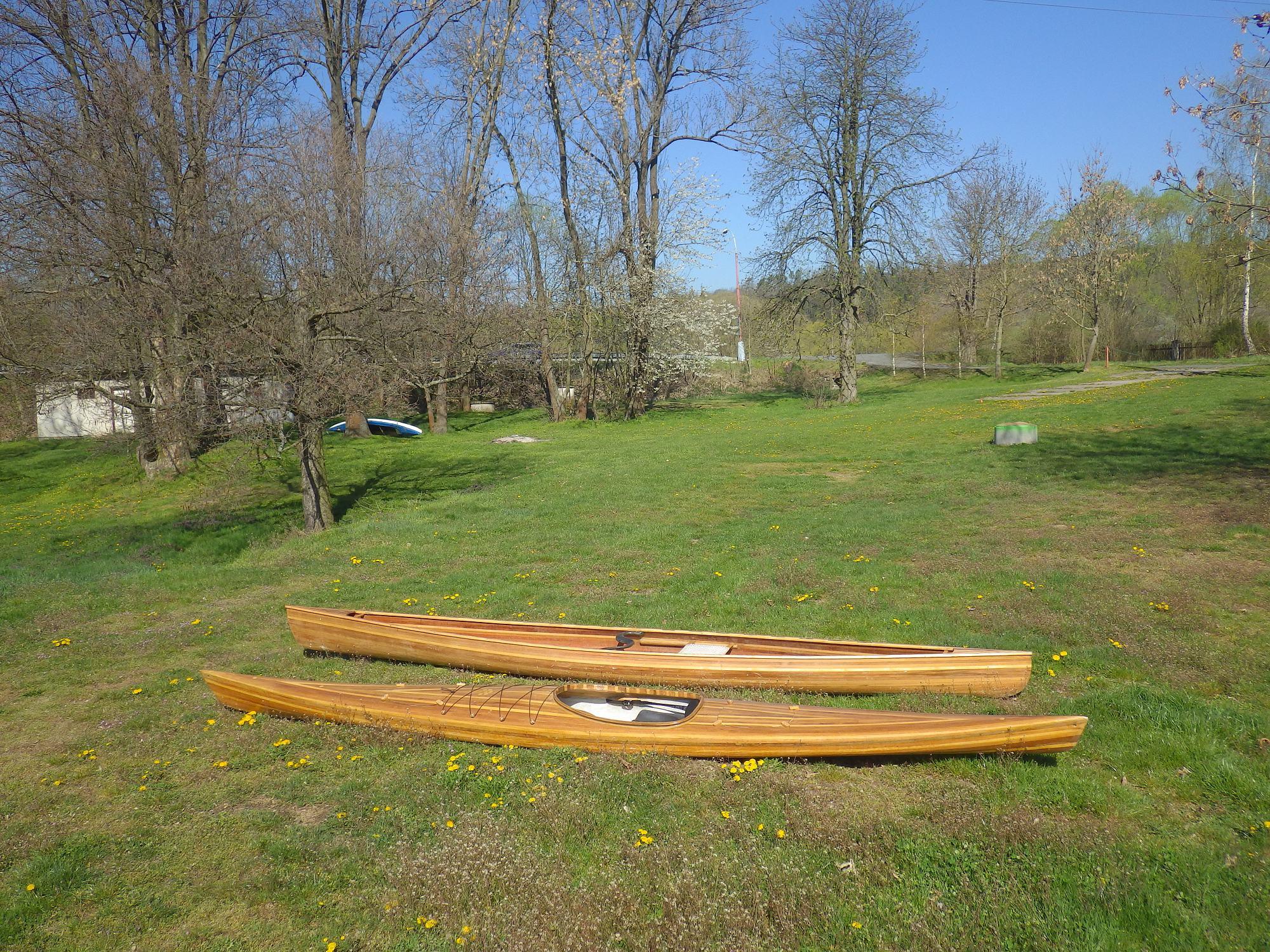 cedrová kanoe seakajak