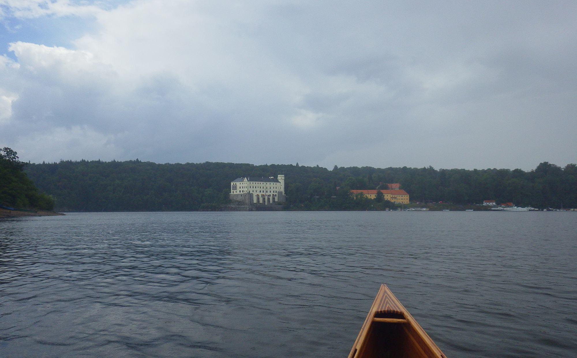 Orlík hrad přehrada