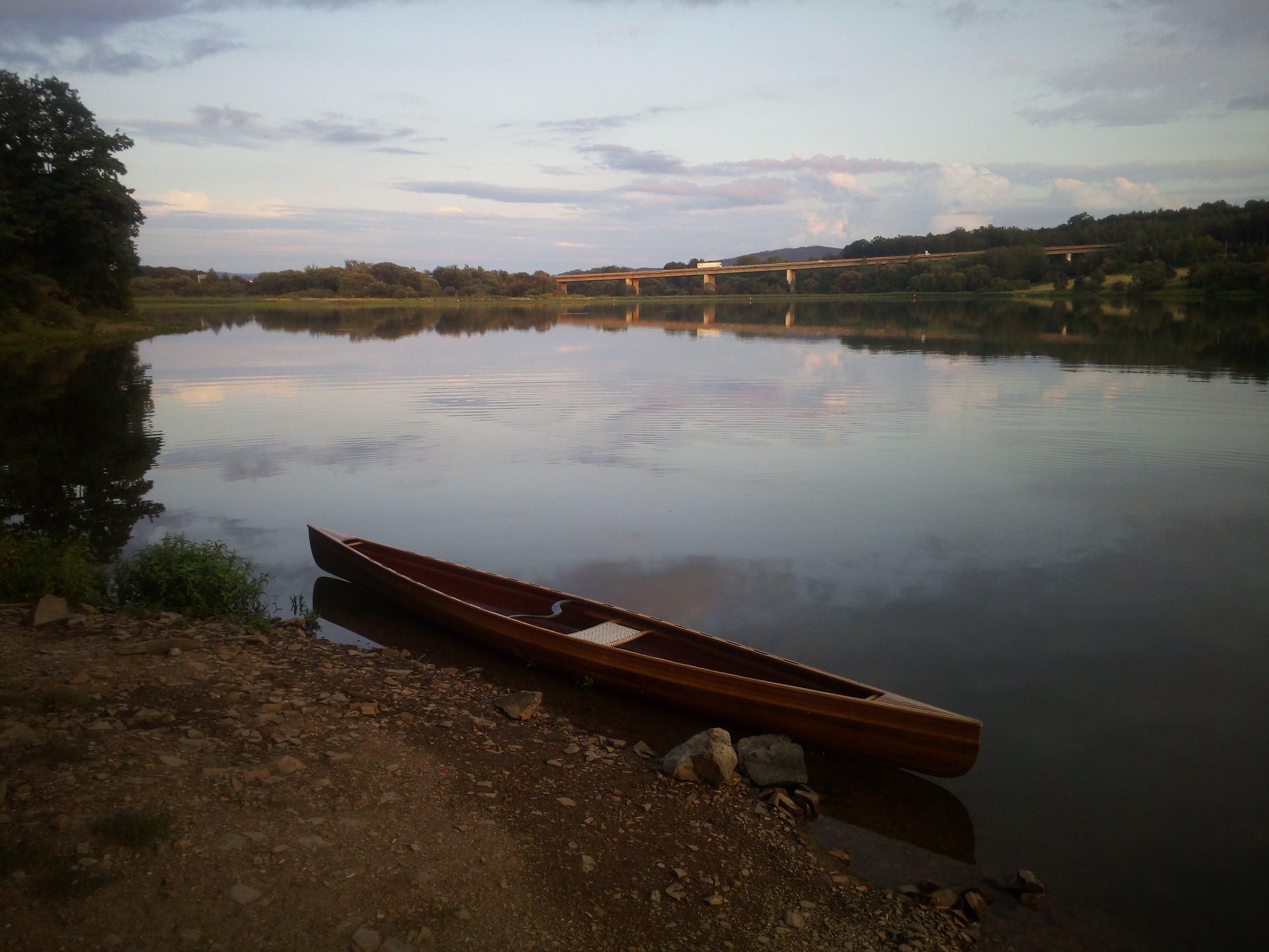 Klabava jezero kanoe