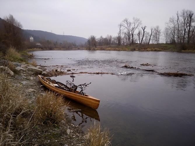 Berounka Černošice kanoe vodák