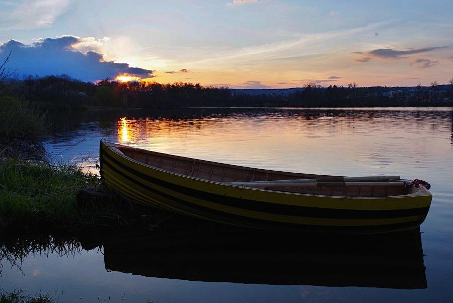 Dřevěná plachetnice, loďky ransome.