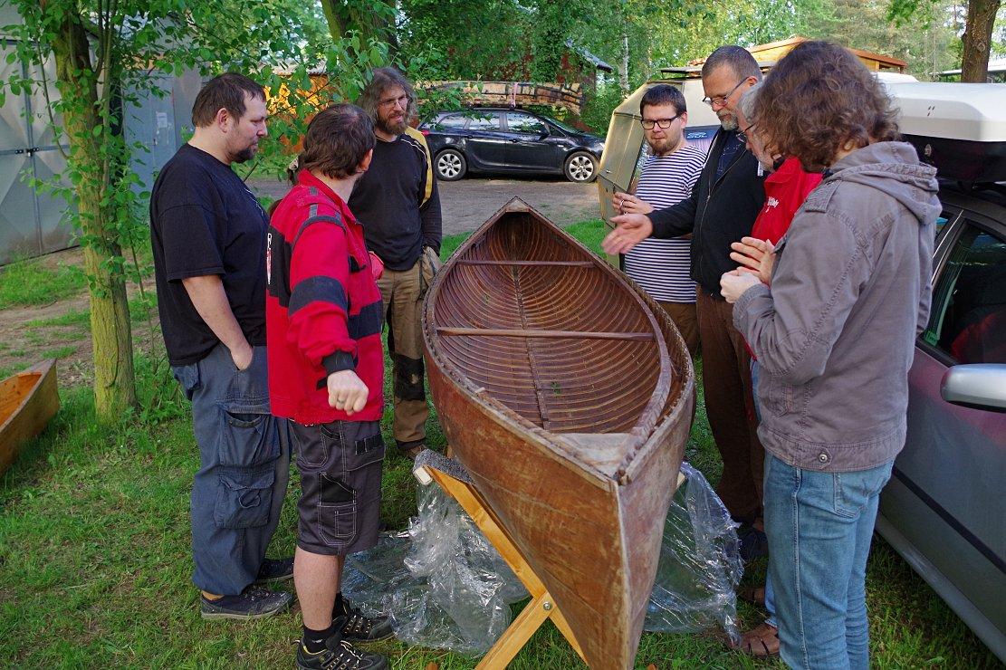Dřevolodní sympozium žebrovka, dřevěná kánoe